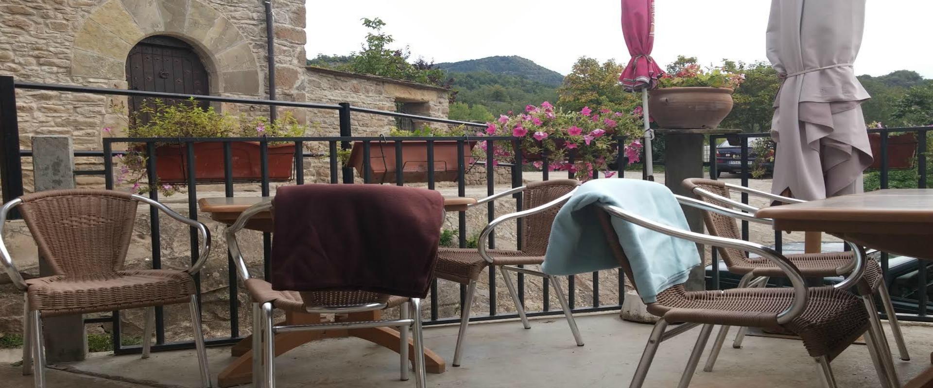 Sierra de guara nocito huesca for Restaurante casa america terraza